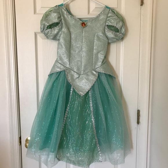 NWT Disney Parks Authentic Princess Ariel Dress Costume size Small 6